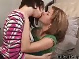 Leah Livingston Very Sexy Lesbians