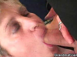 Mature mom in hard threesome bang