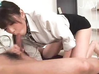 Hot office oral sex