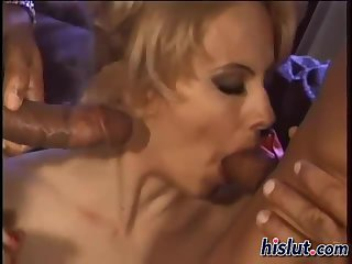 This MILF loves to fuck